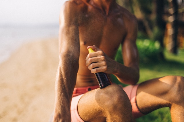 Scientists alarmed by large amounts of carcinogen benzene in household sunscreens. Photo by Anna Tarazevich on Pexels.